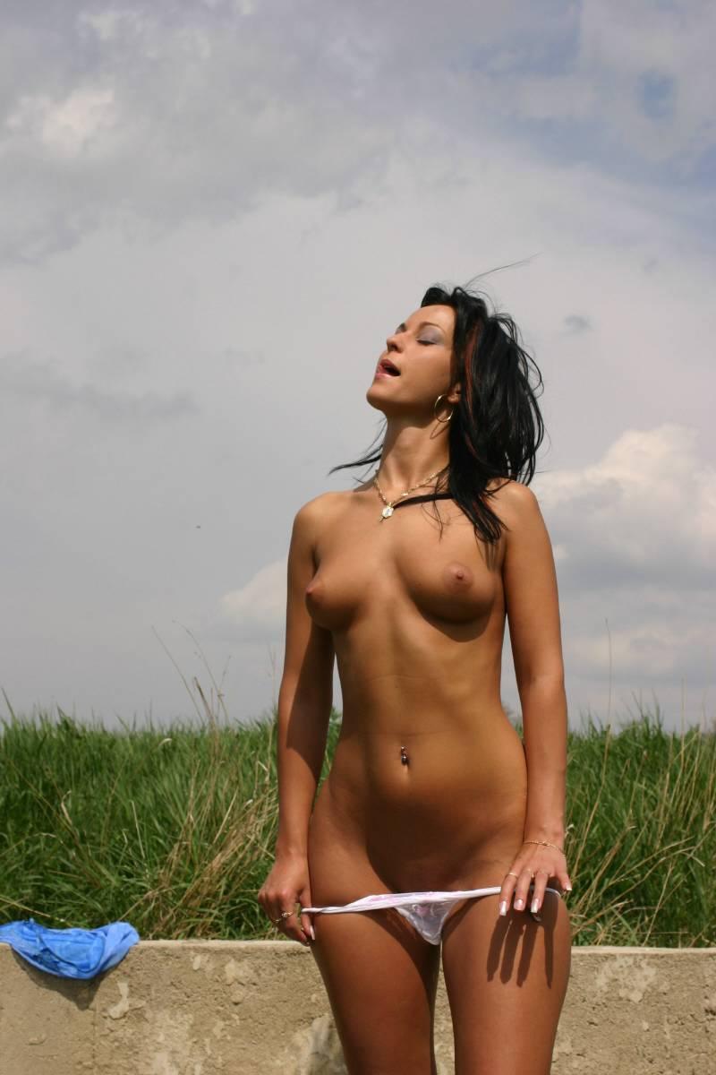 Nude sex Sexy public