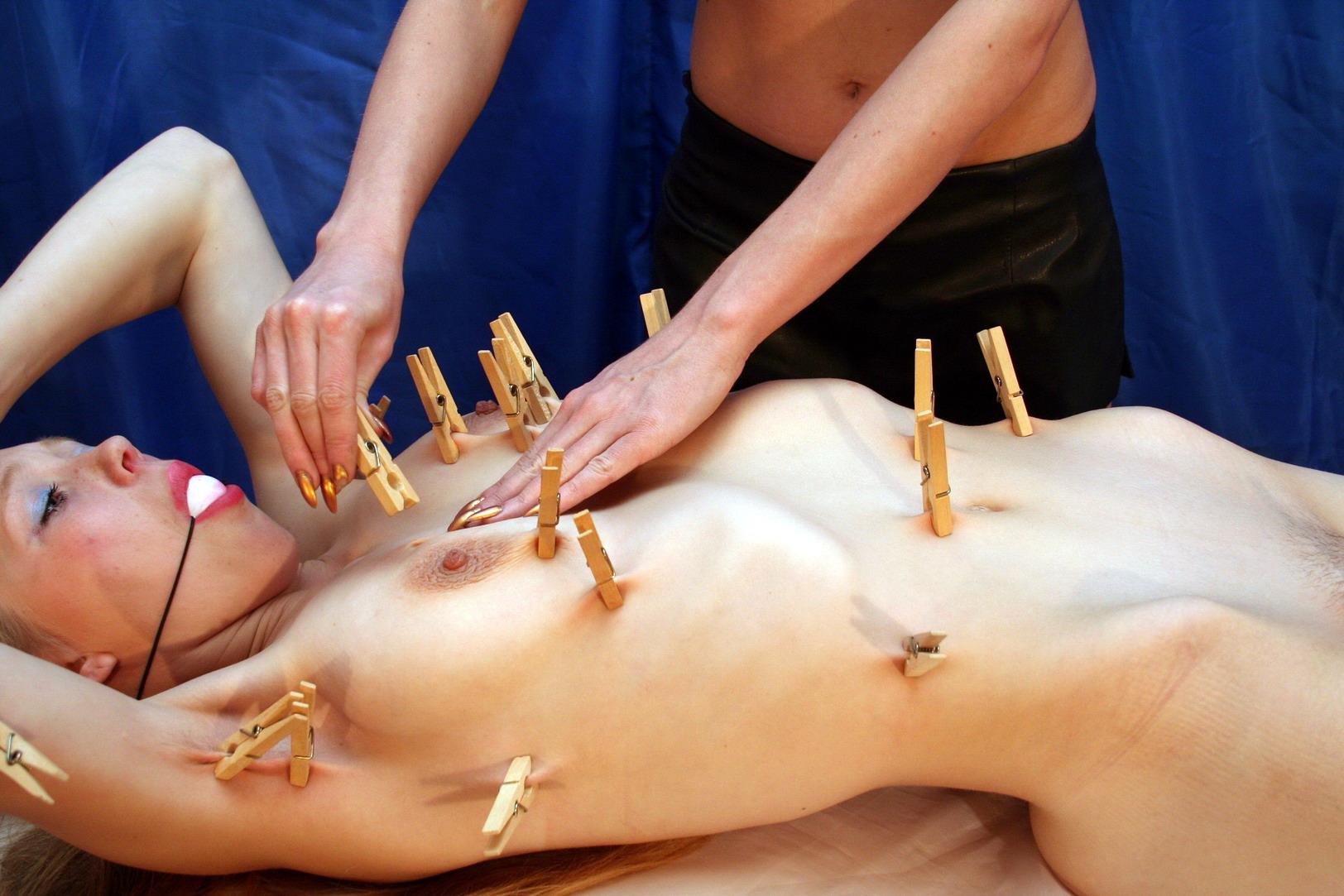 sensual nude massage clips