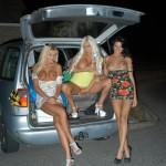 nikki-hedger-public-nudity-05